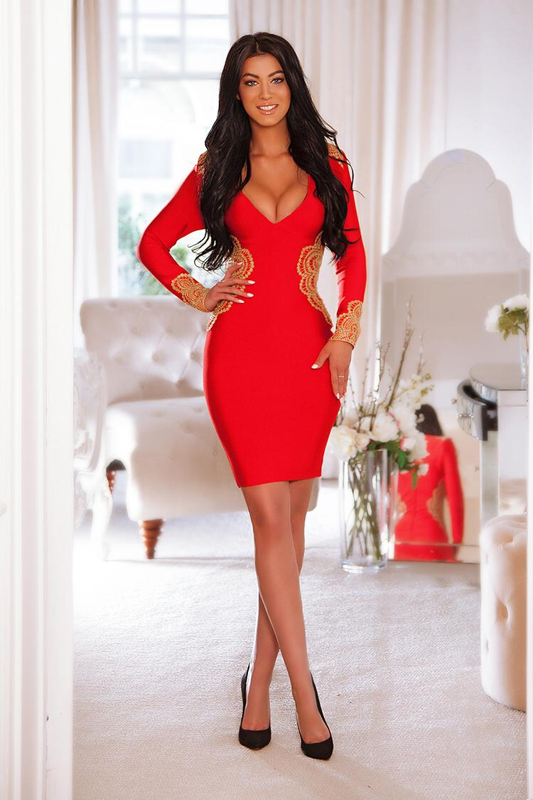 simeria is a sensual beauty offering amazing massage in London